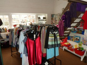 The room at the entrance to the shop